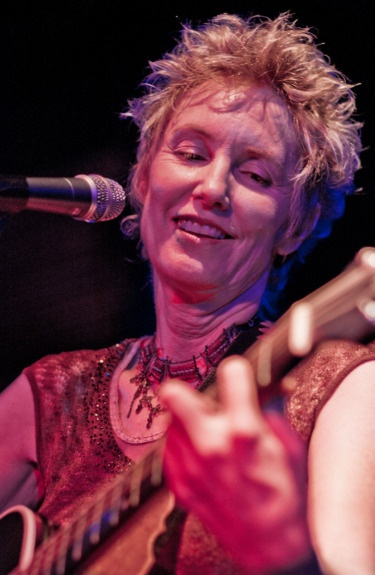 Eliza Gilkyson at Cactus Cafe  | Park Street Photography